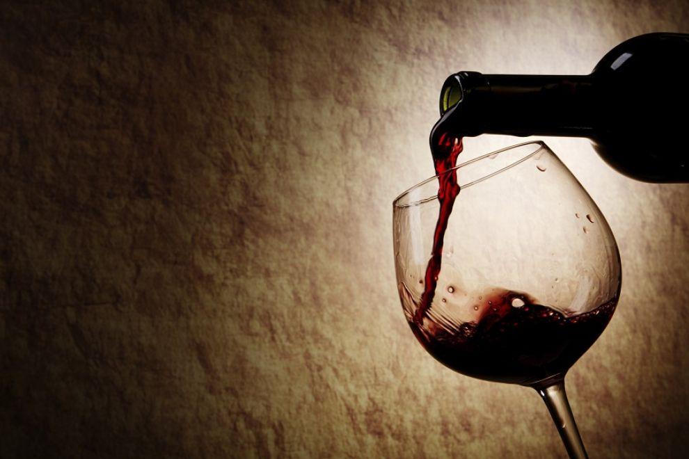 l43-vino-bicchiere-bottiglia-130313114635_big